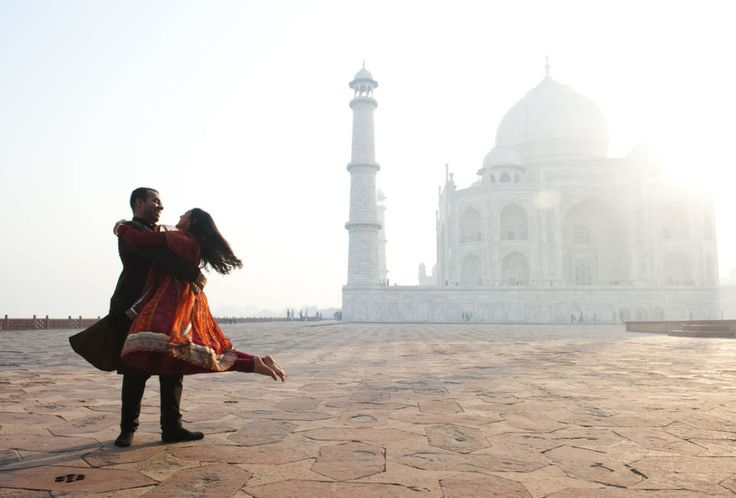 Find Top Professional Outdoor Photographer, Best Photographers in Agra for Outdoor Photography