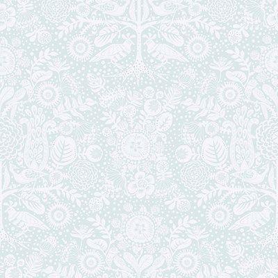Tapet Mikafrån Sandbergs kollektion Familj. På tapeten finns MikaLisa Grues underfundiga fantasivärld i en mjuk tappning. Mika i en mild turkos färgställning, med sin mjuka yta ger tapeten en behaglig och ombonad känsla.         - Varumärke:   Sandberg       - Kollektion:   Familj       - Designer:   Lisa Grue       - Bredd:   53 cm       - Längd:   10,05       - Mönsterpassning :   64 cm       - Typ av mönsterpassning:   Rak       - Kvalité:   non-woven       - Leveranstid:   ca 1 vecka…