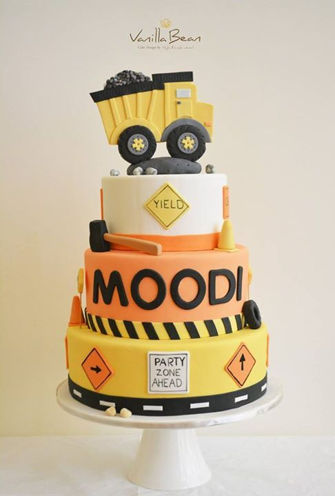 construction cake this would be so cute for noahs birthday