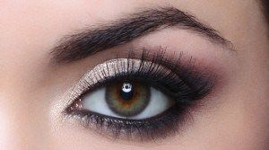 Eye makeup and dry eyes