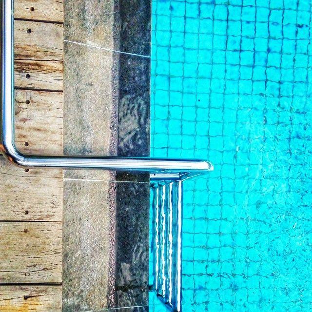 Jaka Anindita @jakaanindita Jump! #pool #spla...Instagram photo | Websta (Webstagram)