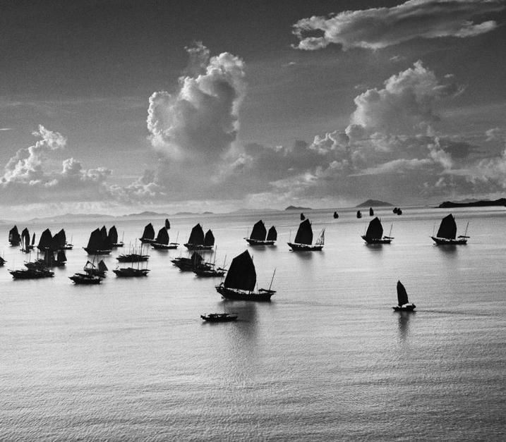Werner Bischof HONG-KONG. 1952. Harbour of Kowloon.
