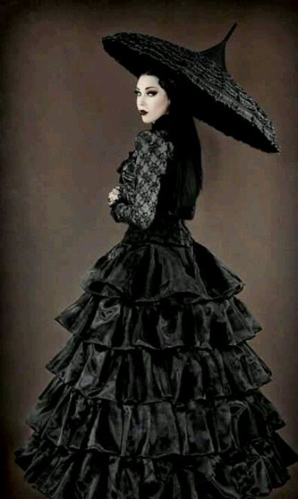 Gothic neo victorian gown and umbrella goth clothes for Victorian gothic style