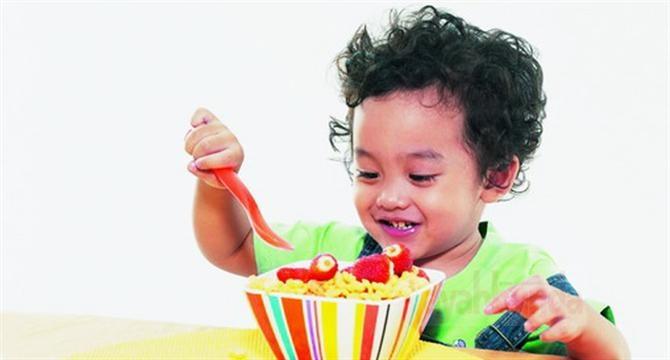 :: Agar Anak Cinta Makanan :: Tips :: Artikel :: Ayahbunda ::