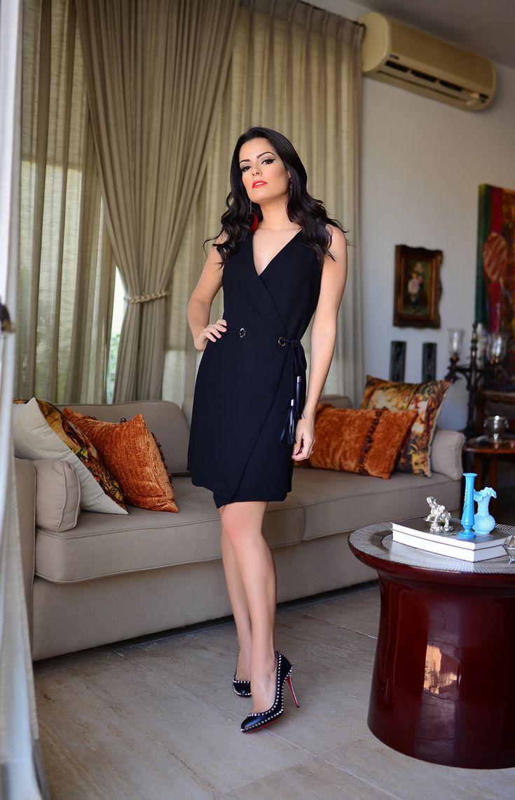 Look do Dia com vestido AMARO, amo demais essa marca! Vestido lindo, e tem um decotão, é super sexy mas não deixa de ser chique, sabe?