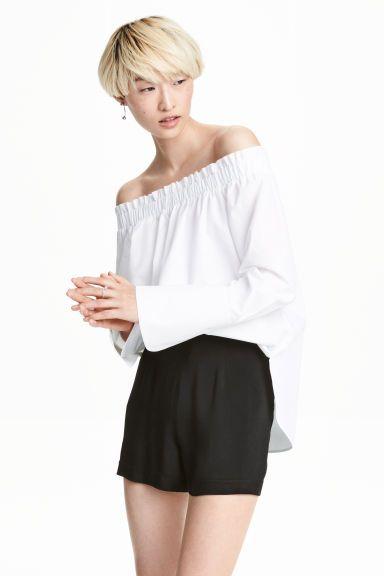 Off-the-shoulder blouse   H&M