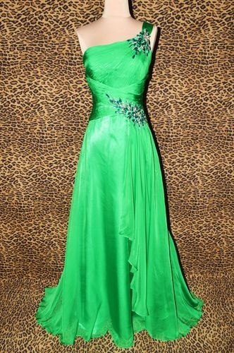 1000 Images About Emerald Green Prom Dresses On Pinterest