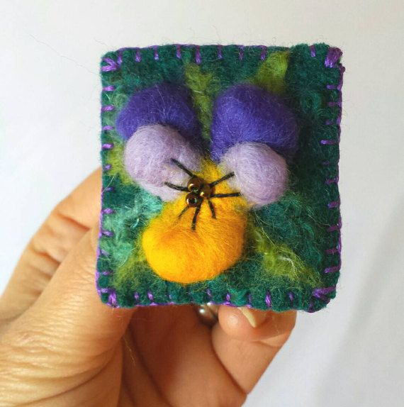 Make your own Felted Pansy brooch - felting materials kit to make your own brooch with pictorial instructions https://www.etsy.com/uk/listing/505439769/needle-felt-your-own-pansy-brooch