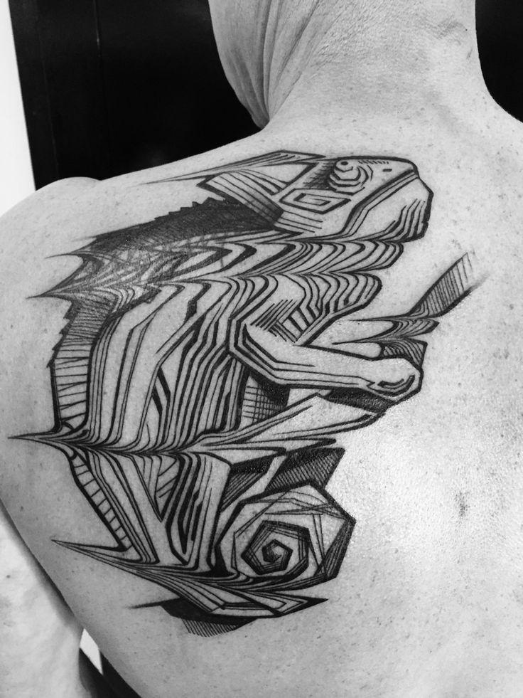Blackbooktattoos utrecht utrech kameleon chameleon modern tattoo original JanIsDeMan
