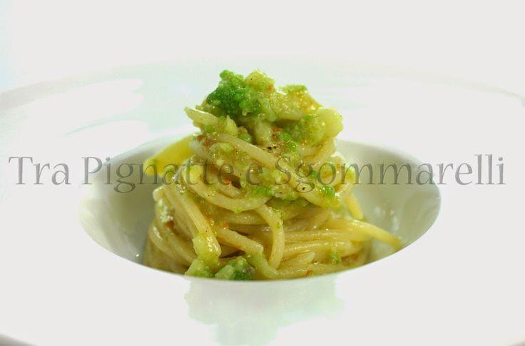 Le mie ricette - Spaghettoni con broccolo romanesco, bottarga e pecorino   Tra pignatte e sgommarelli