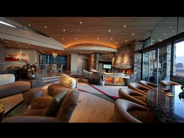 Desert Mansion in Palm Springs - A Grand Tour: Multimillion Dollar Spaces From HGTVs Million Dollar Rooms on HGTV