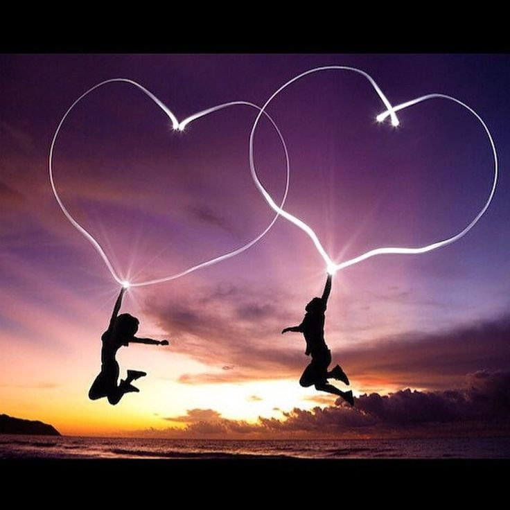 """May you fall asleep with only feelings of love. Don't let a moment escape without telling those who mean the most to you how much you love them. Say """"I love you!"""" to someone before you go off into dreamland tonight. Sweet dreams my friends! #love #hearts #kalenafreedom #humanconnection #bestoftheday #sweetdreams #gotobed #rest #family #girlfriends #Repost @stealtimeback  May love carry you all the way to infinity . #photorepost @prettybuddha"""