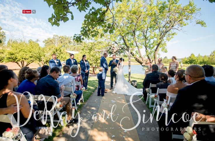 Ceremonies at Millbrook Winery | Photography - DeRay & Simcoe | Arbour - Turtle and the Pelican |