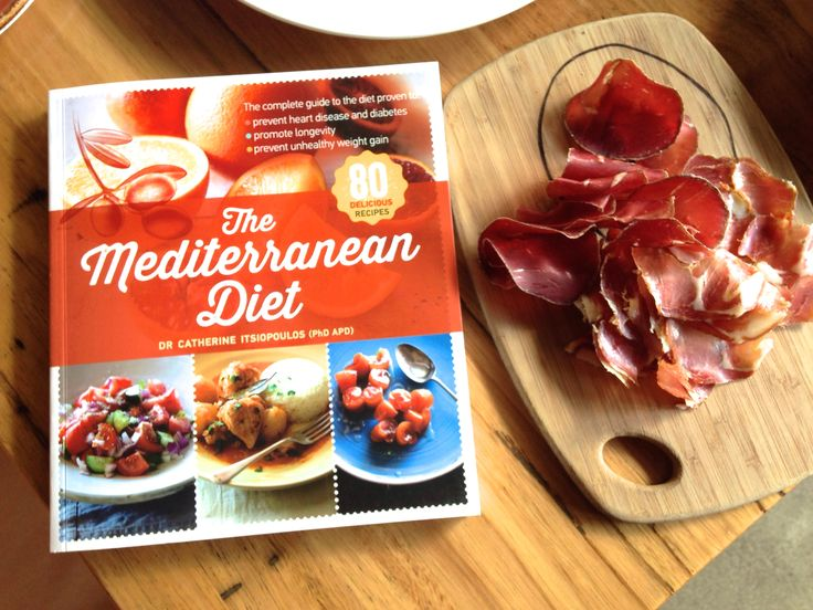 The Mediterranean Diet Book by Dr Catherine Istiopolous
