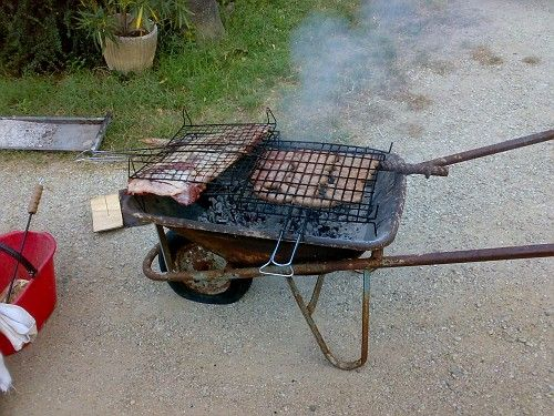 redneck BBQ   Redneck BBQ Grill - MudInMyBlood Forums