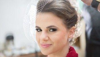 Confira modelos de penteados de noiva com coque para você arrasar no estilo clássico. Os da duquesa de Cambridge, Kate Middletton sempre fazem sucesso!