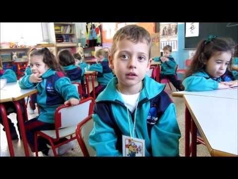 Aprendizaje Cooperativo en 4 años. El juego de las palabras. - YouTube
