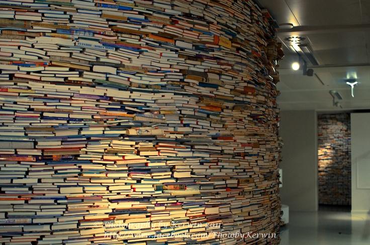 Library, Den Haag