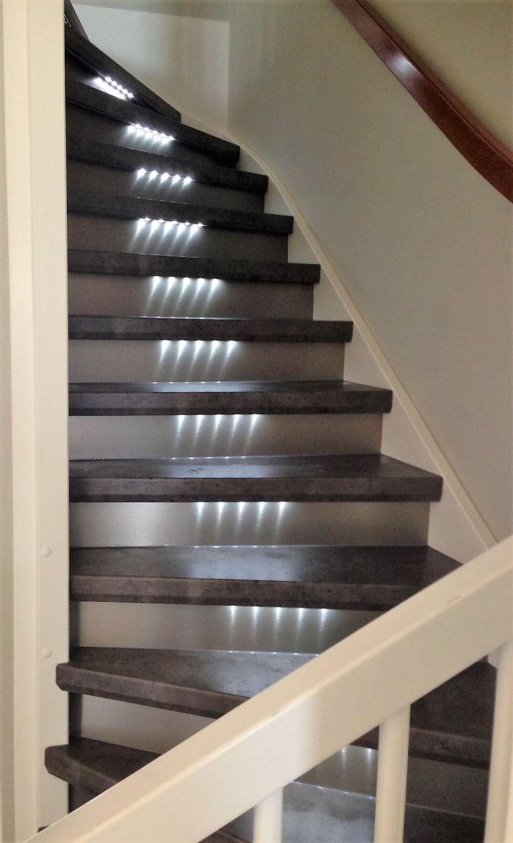 17 beste idee n over trap verlichting op pinterest trap verlichting trappen en trapleuningen - Kooi trap ...