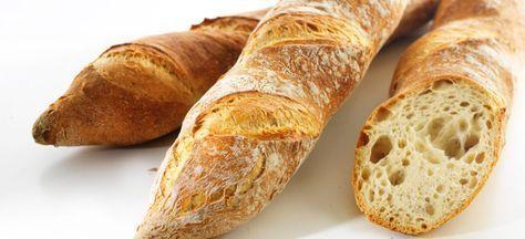 Dessa baguetter med surdeg är både lätta och göra och smakar ljuvligt. ...