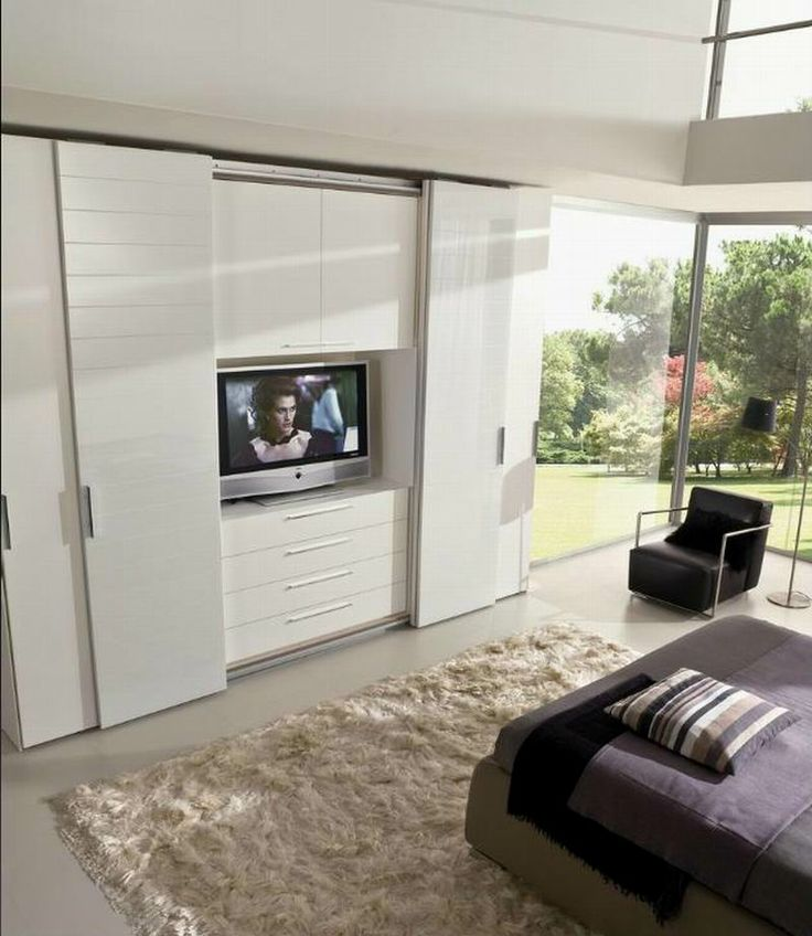 LA FALEGNAMI - Tv module - Snow white lacquered and bevelled glass