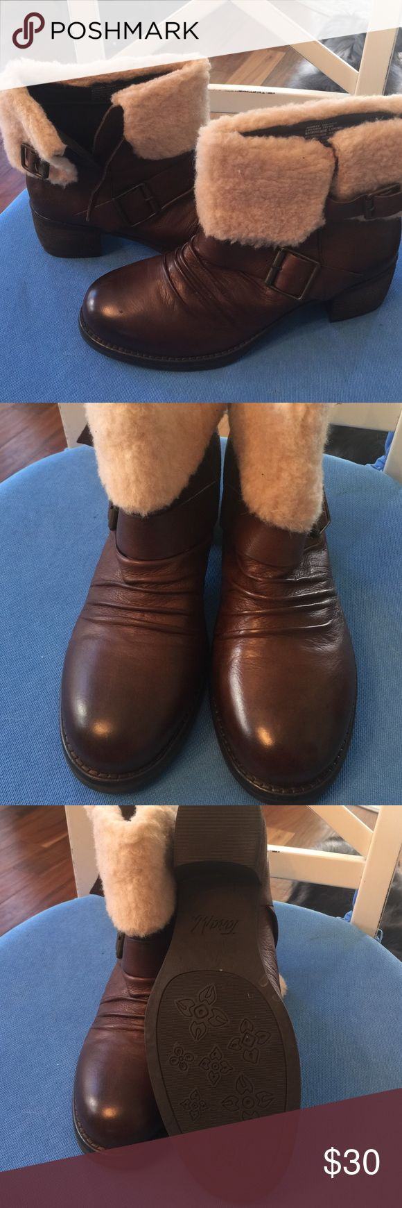 Brown leather ankle boots New, never worn brown leather ankle boots with fur and a buckle for easy on off along with great accent piece. Tara M Shoes Ankle Boots & Booties