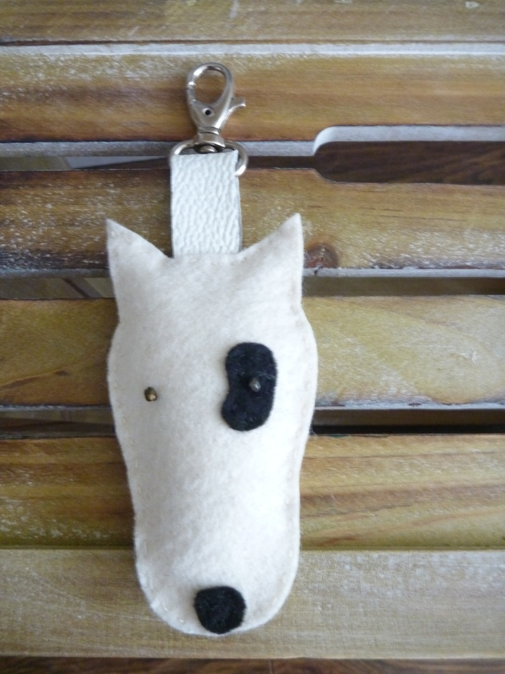 felt and leather keyhanger. laborczy on etsy