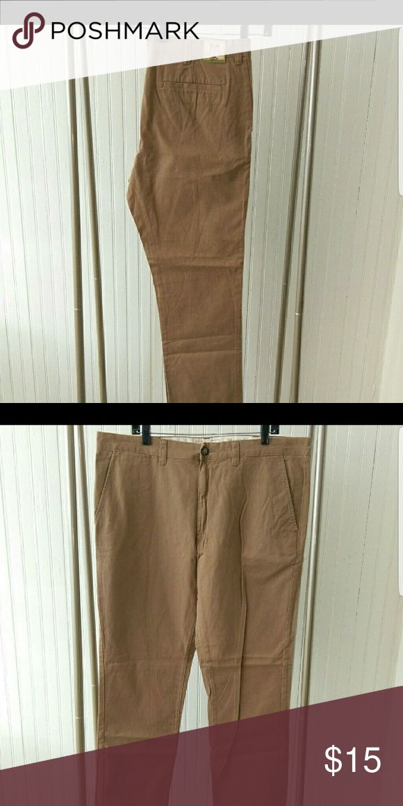 Men's Slim fit khakis Bought these on this site, tried them on and they were too big for me. Would like to resell them. Brand new, with tags. Old Navy Pants Chinos & Khakis