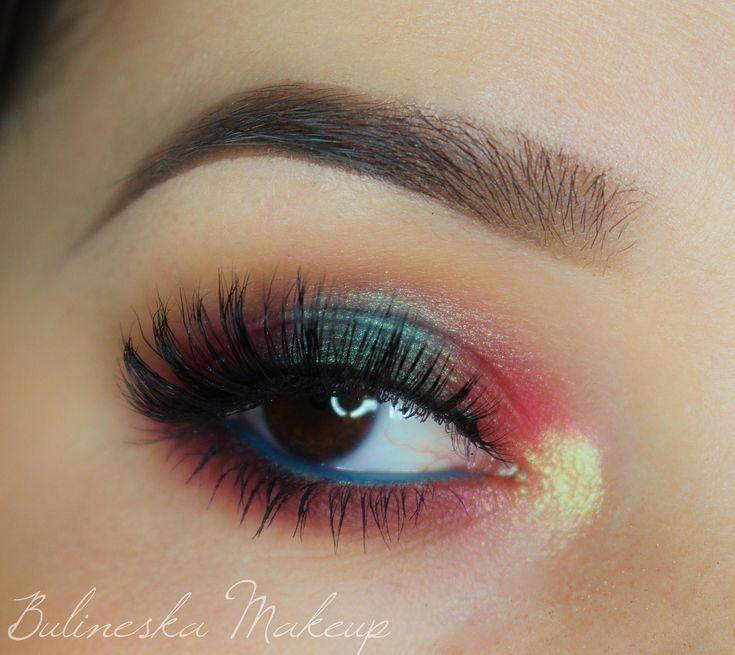 Makeup Geek Duochrome Eyeshadows in Mai Tai and Voltage + Makeup Geek Eyeshadows in Burlesque, Creme Brulee, Latte, Mermaid and Razzleberry. Look by: Bulineska Makeup