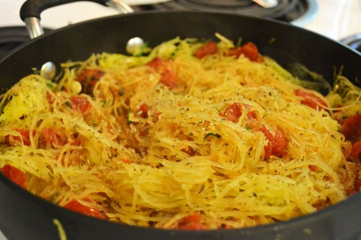 Italian Seasoned Spaghetti SquashSeasons Spaghetti, Mexicans Stew, Italian Seasons, Spaghetti Squashes, Chunky Chicken, Stew Recipes, Spicy Pork, Chicken Chilis, Recipese Yum