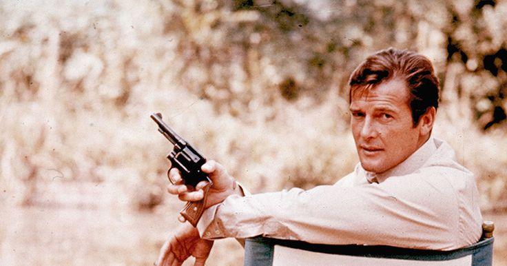 007のロジャームーアが死去享年89歳