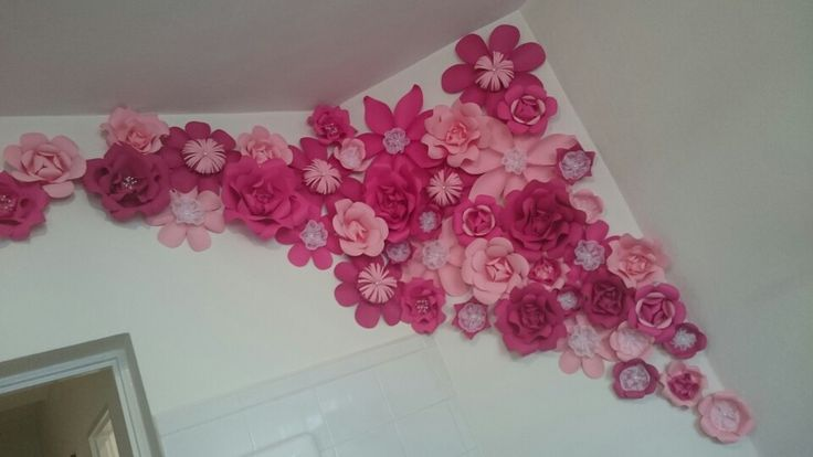 Paper flowers instalation