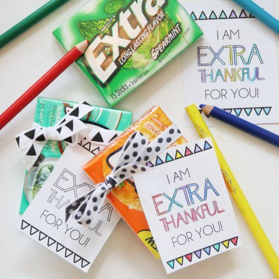 Give this printable tag along with a pack of Extra gum to someone you are thankful for.  Kids can use colored pencils to personalize it!