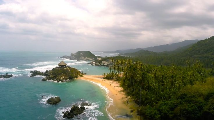 Parque Tayrona Santa Marta Costa Caribe #Colombia - Cómo viajar Qué visitar ? Aventure Colombia More information on our packages at : http://ift.tt/1iqhKT8 #parquetayrona