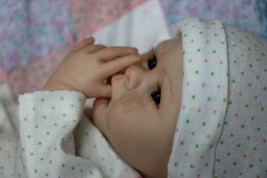 Åpne munnen Aria. Tar flaske Nipple & Pa Av Marissa mai - Reborns.com