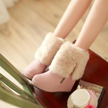 $19.49Winter Round Toe Wedge High Heel Zipper Ankle Feathers Pink Cavalier Boots