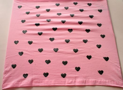 Easy Valentine's Day scarf by Charlotte's Fancy