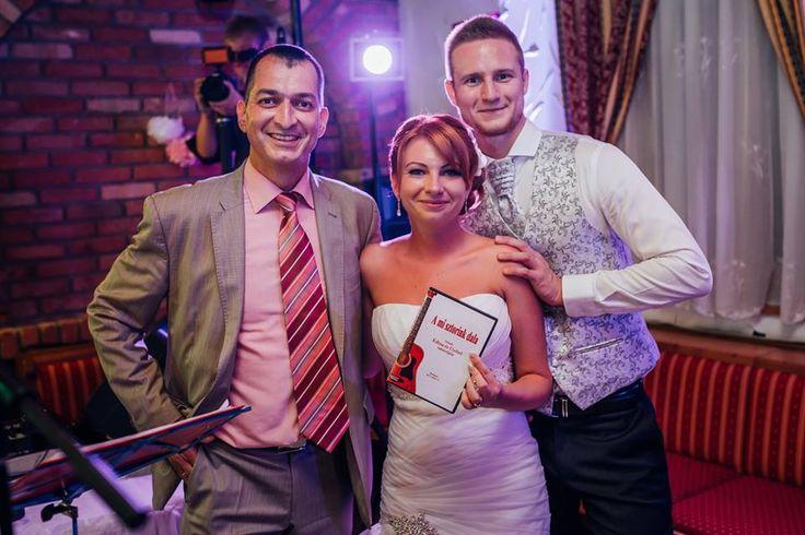 Edina és Győző meglepetésdala CD-n - vidám esküvői ajándék /fotó: Kovács Ferenc Olasz/