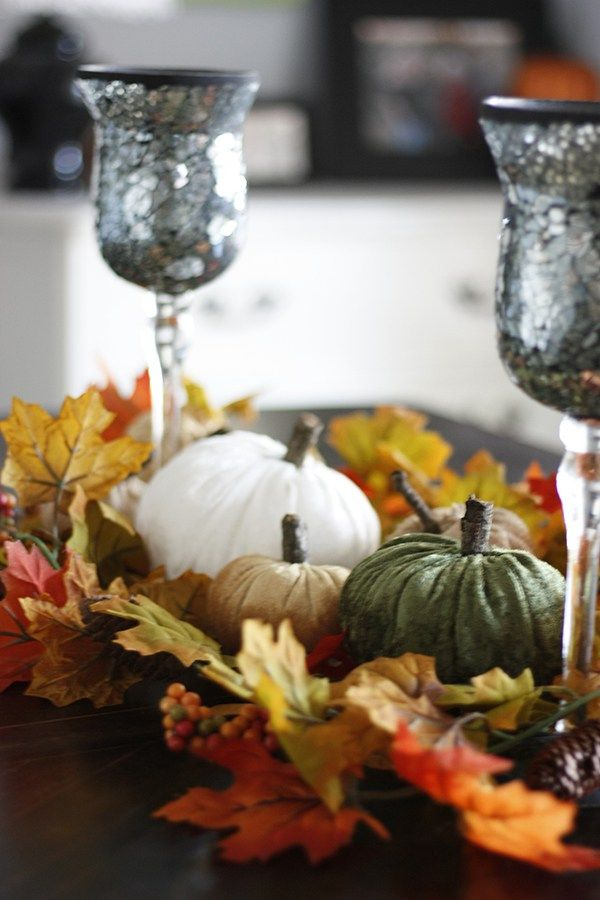 DIY Velvet Pumpkins from Amber Oliver | In The Loop