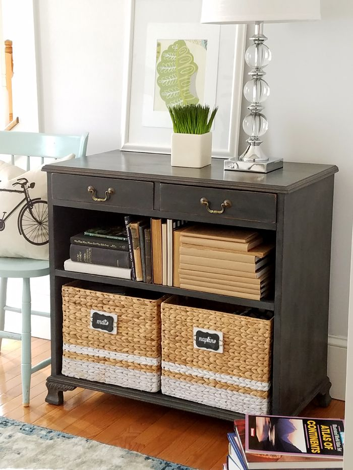 Old Bookcase painted Rust-oleum charcoal chalk paint
