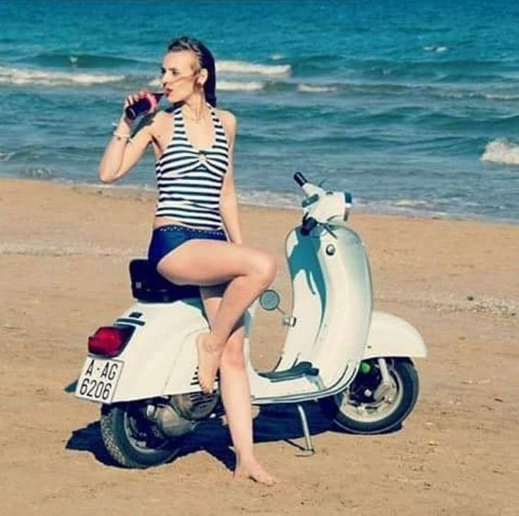 Scooter Girl Vespas 98