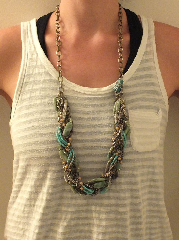 Chain braid with Hematite beads and a Genuine Turquoise accent bead!  *Turquoise is a purification stone, dispelling negative energy. It can be worn to protect against outside influences or pollutants in the atmosphere.