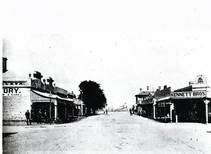 Kadina c 1902 Looking west on Graves street showing Graves street/Hallett Street intersection
