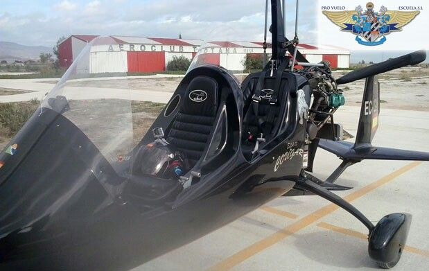 flying autogiro totana Spain
