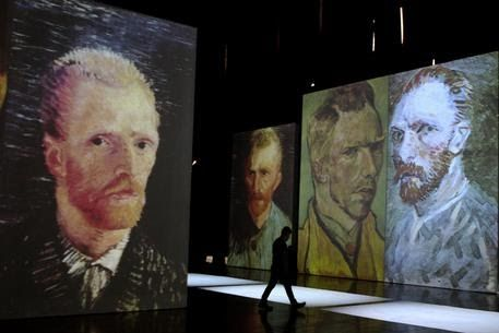 #Risolto #mistero #orecchio di #Van #Gogh Lo diede a una #giovane #cameriera che #lavorava nel #bordello