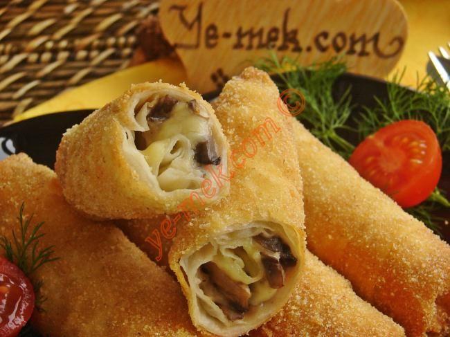 Beşamel Soslu Mantarlı Börek Resimli Tarifi - Yemek Tarifleri