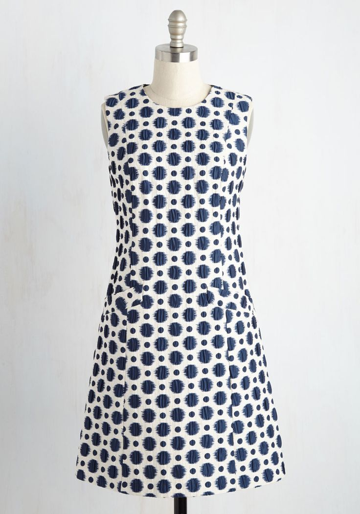 Hold My Spot Dress. While waiting to peep a film premiere in this ivory shift dress, a fashion photog excitedly pulls you out of line. #blue #modcloth
