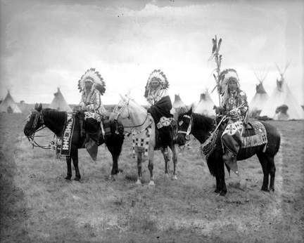 blackfoot dating site Attempting to stop a band of young blackfoot indians from stealing his horses,  meriwether lewis  website name  original published date.