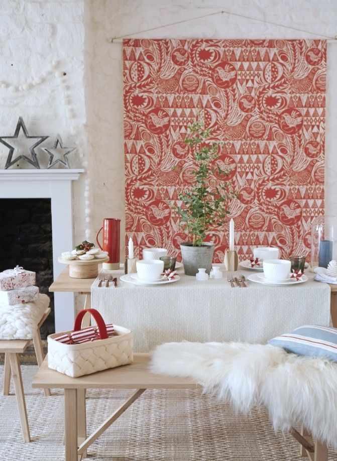 SCANDI CHRISTMAS COAST MAGAZINE DECEMBER 2015 STYLING EMMA CLAYTON PHOTOGRAPHY PAUL VIANT