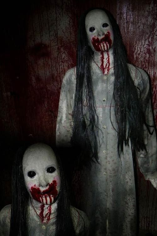 The Ghosts That Haunt Castle Park Have Blood Coming Out Of Their Mouths